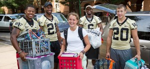 2012-move-in-football-group-shot