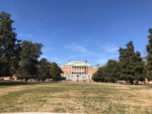 a beautiful spring day on the Mag Quad