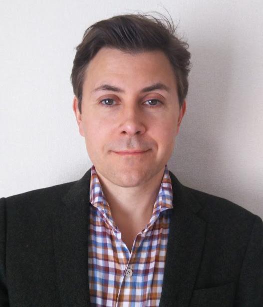 Headshot of Dr. Hellyer