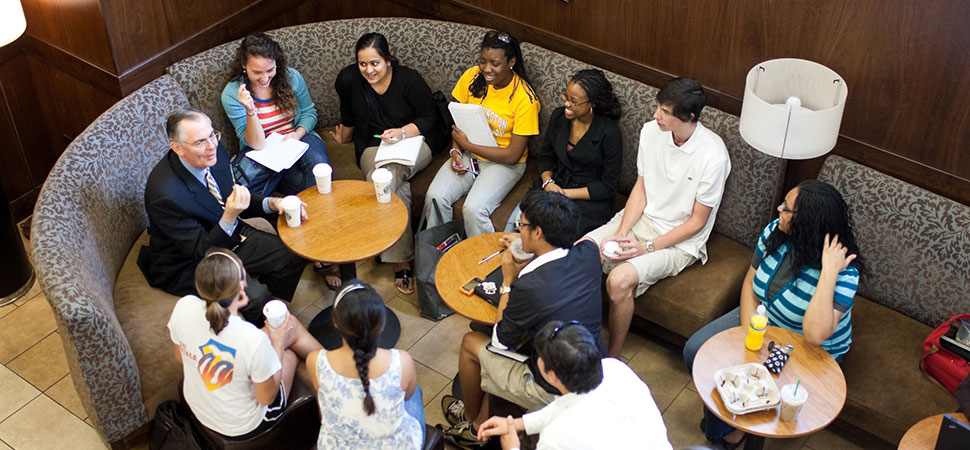 Hatch meeting with students in Starbucks