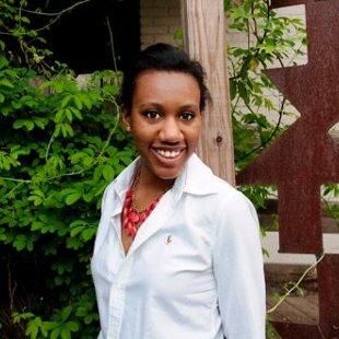 Lauren Mahomes headshot