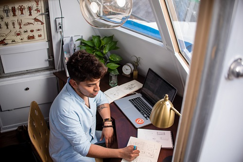 Learn Company Culture + Solicit Feedback: Tips for New Employees Working Remotely