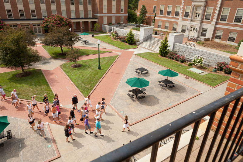 Wake Forest Potential Students, Campus Tour from Office of Admissions