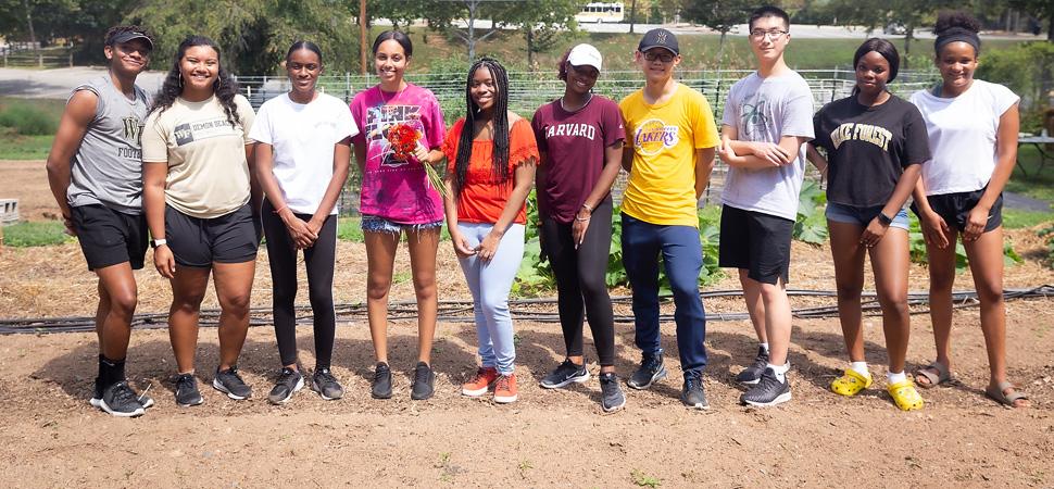 2019 BUILD Pre-Orientation Students at Campus Garden