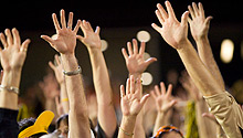 Wake Forest crowd raises hands for 5th quarter