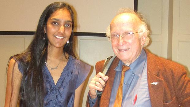 Kasha Patel and Roald Hoffmann