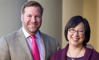 Wade Murphy ('00), left, with Humanities Institute director Mary Foskett