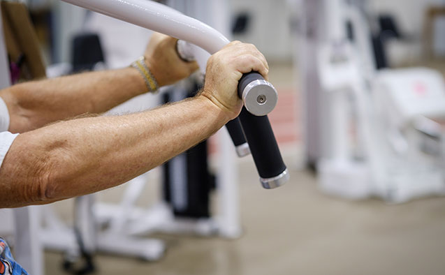 Lose fat, preserve muscle: Weight training beats cardio for