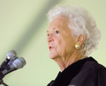 Former First Lady Barbara Bush speaks at Wake Forest University's 2001 commencement