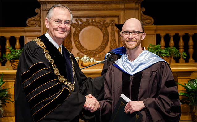 The Reid-Doyle Prize for Excellence in Teaching is awarded to outstanding faculty members in the early part of their careers. This year's winner is professor of mathematics and statistics Robert Erhardt.