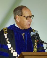 Hearn addresses graduates