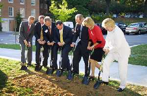 Donor representatives, Wake Forest President Thomas K. Hearn Jr., and Jack Wilkerson, dean of the Calloway School
