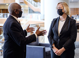Dr. Susan R. Wente talks with Herman Eure.