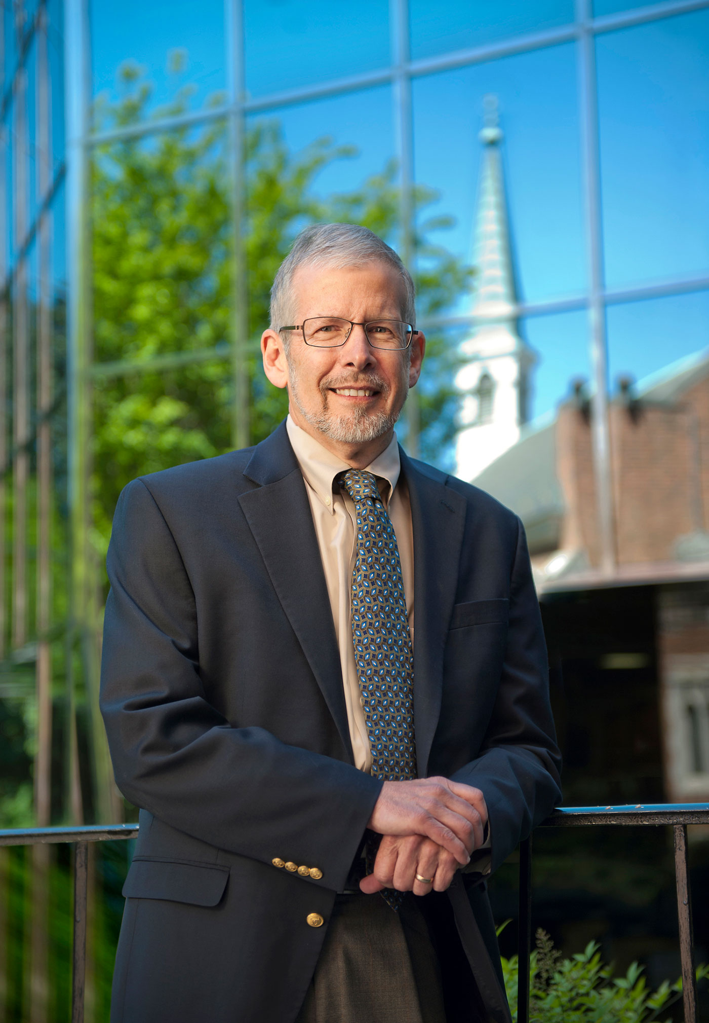 School of Divinity faculty member Gary Gunderson