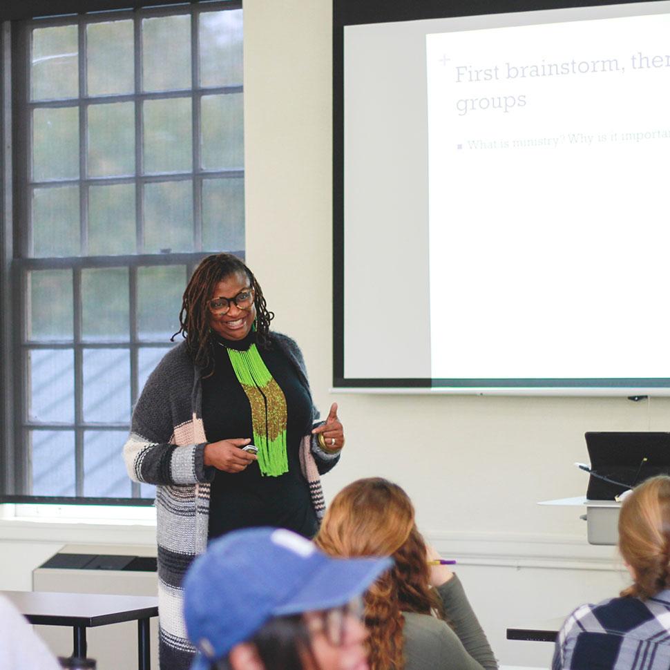School of Divinity professor Melva Sampson teaching an Art of Ministry session