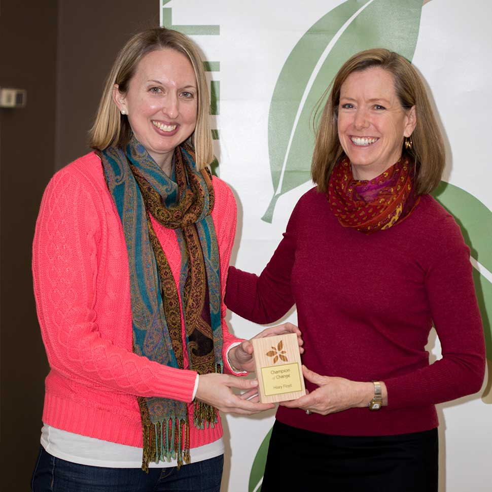Hilary Floyd receives a 2018 Champion of Change award from the Office of Sustainability at WFU