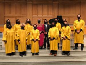Josuah-with-choir