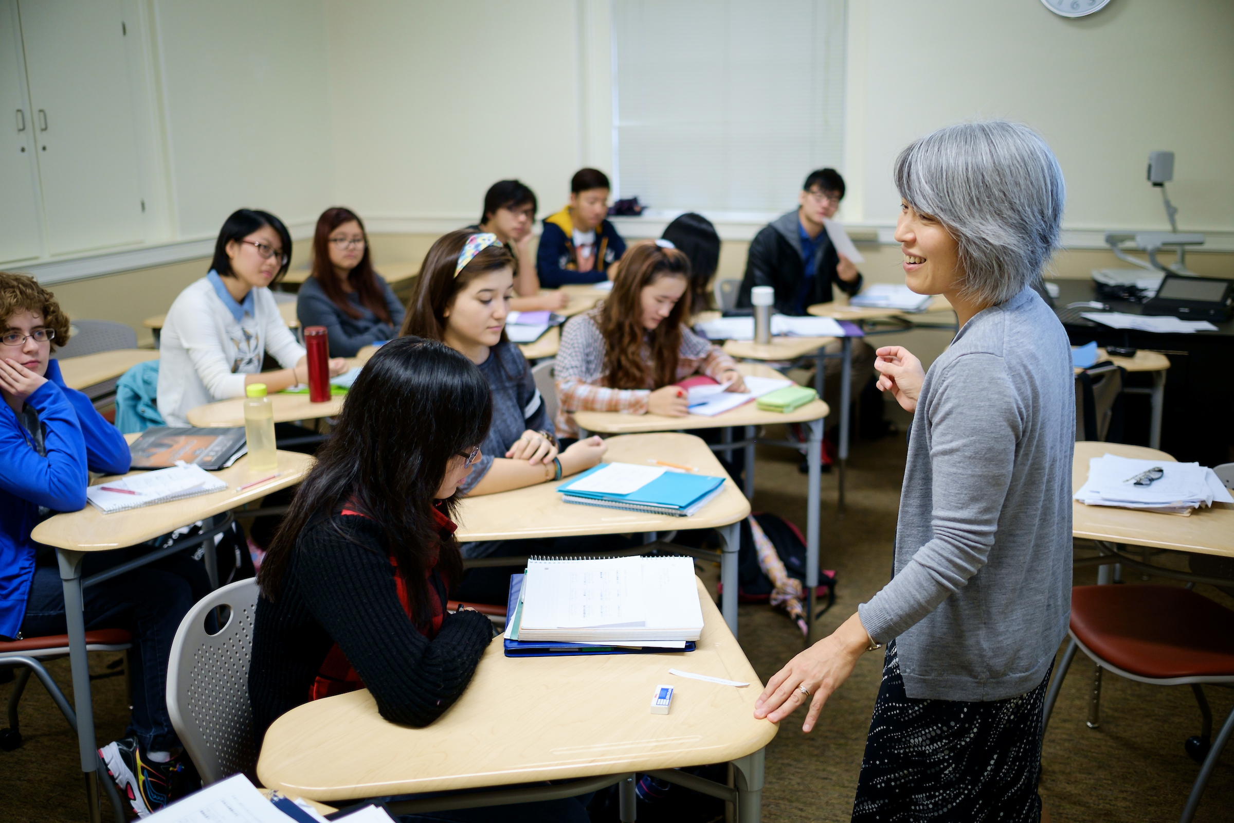 Wake Forest professor Yasuko Takata Rallings teaches her midlevel Japanese class in Carswell Hall on Monday, September 29, 2014.