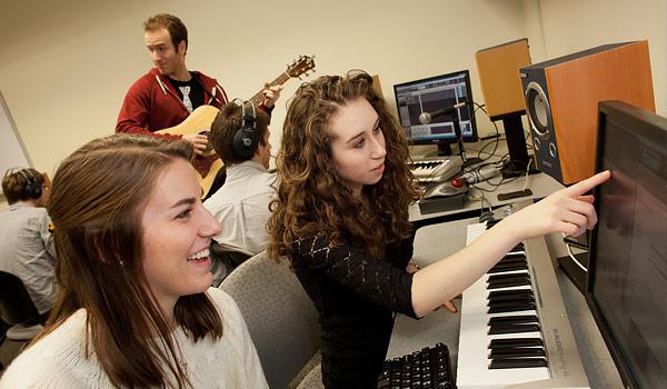 Wake Forest University Professor Jennifer Burg uses audio digital technology to teach computer science students