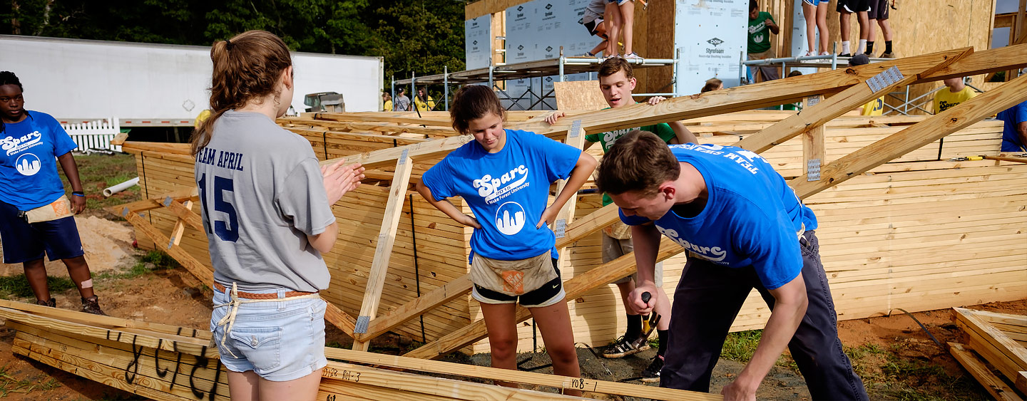 First Year WFU Students Volunteer for Habitat For Humanity