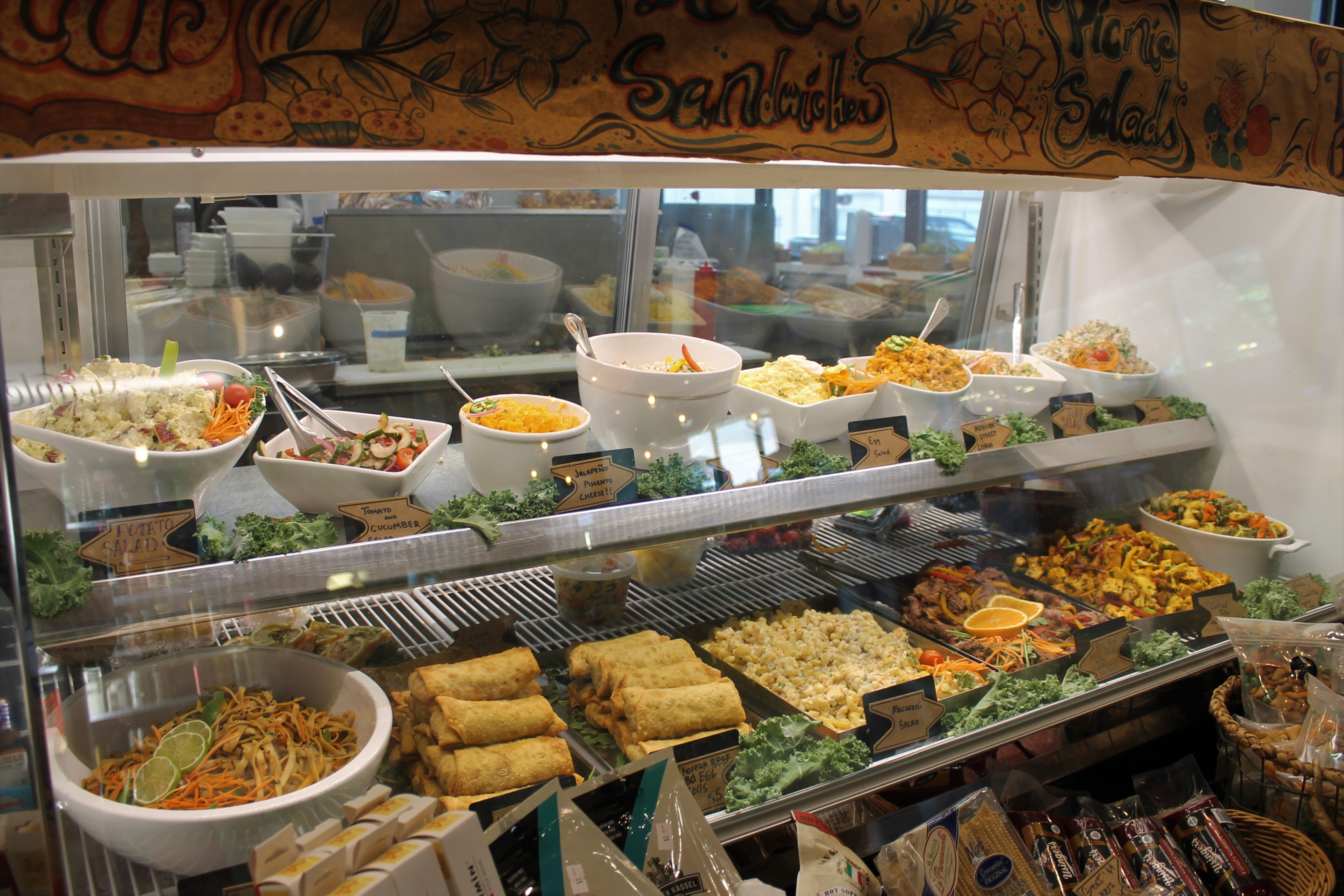 Food counter with walk out lunch options in canteen market