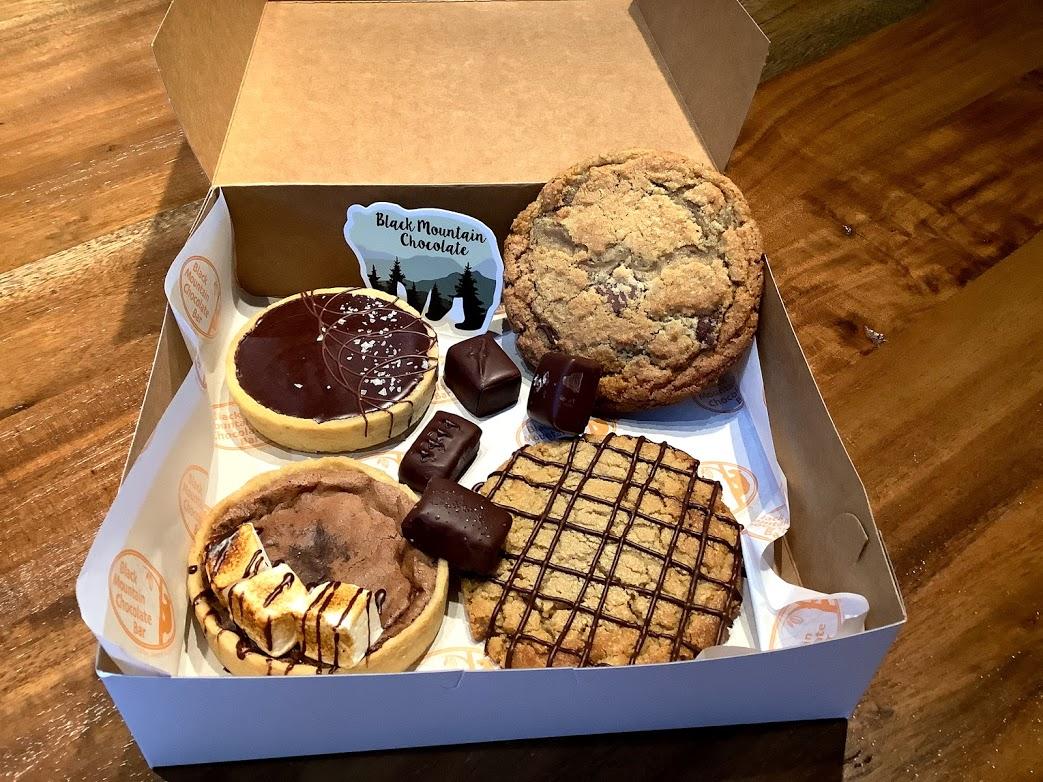 Black Mountain Chocolate Treat Box