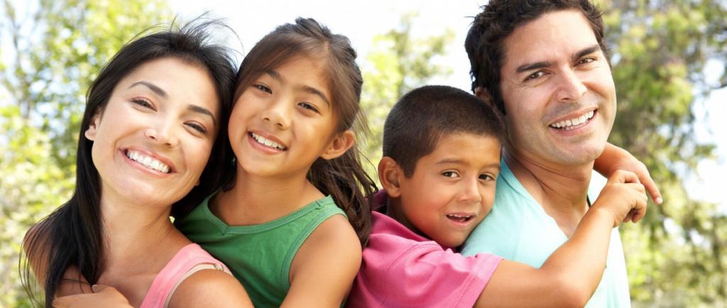 Catholic Charities Family Image