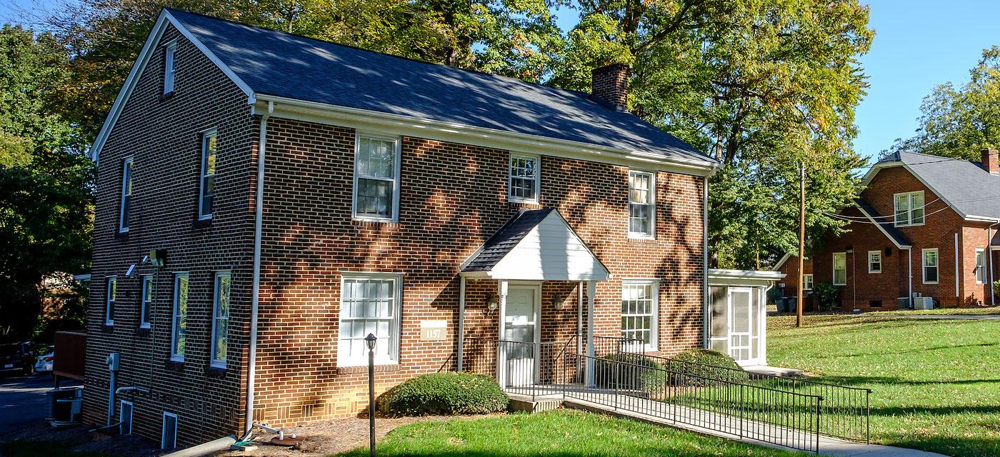 1157 Polo Road house
