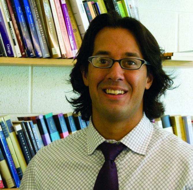 Professor Omaar Hena