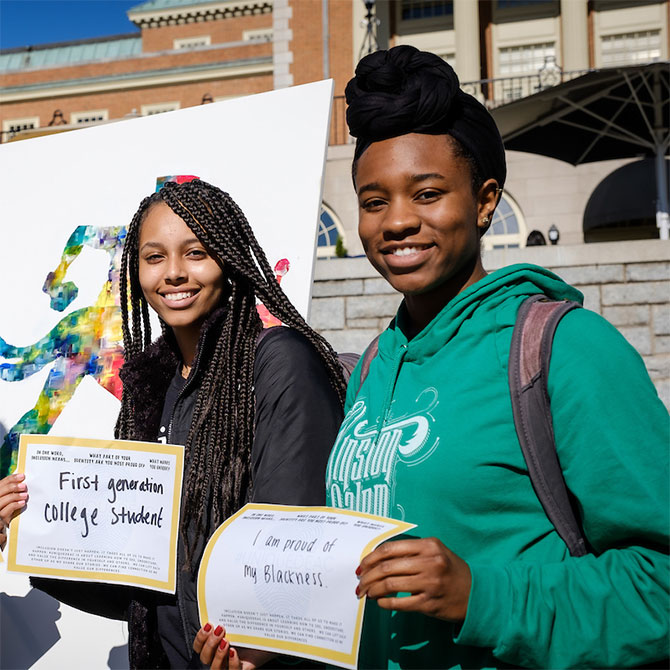 Wake Forest students identify what makes them unique, at the Unique Deac event sponsored by Athletics and the Office of Diversity and Inclusion
