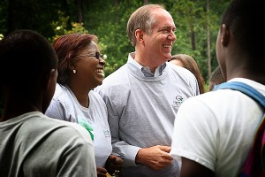 "Mayor Knox White ('76) has the goal of making Greenville, S.C., ""the most beautiful and livable city in America."""