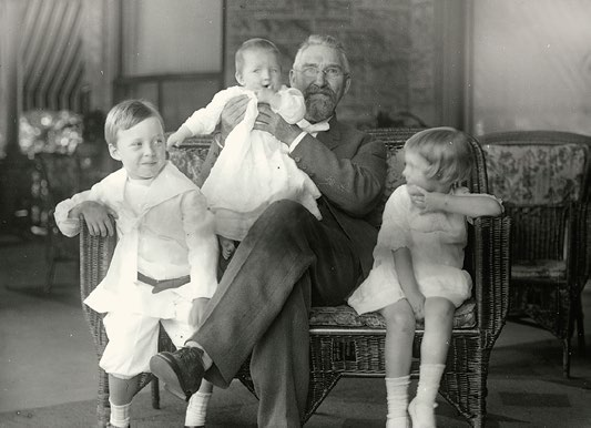 R.J. Reynolds with three of his children: Dick, Smith and Mary