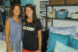 Diana Doster Brock ('83) and her daughter, Maddie.