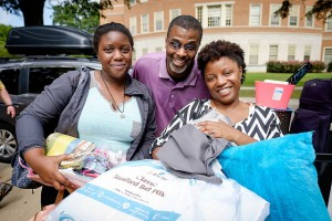 Sierra Leslie ('19) and her parents, Tosheka and Stephen