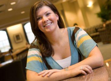 Erin Lopez '08