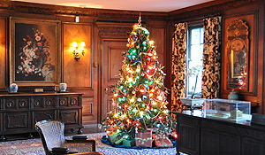 Holiday decorations at Reynolda House