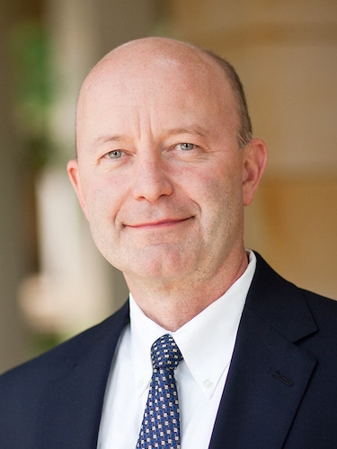 Headshot of Steve Virgil, Wake Forest University executive director of experiential education and clinical professor of law