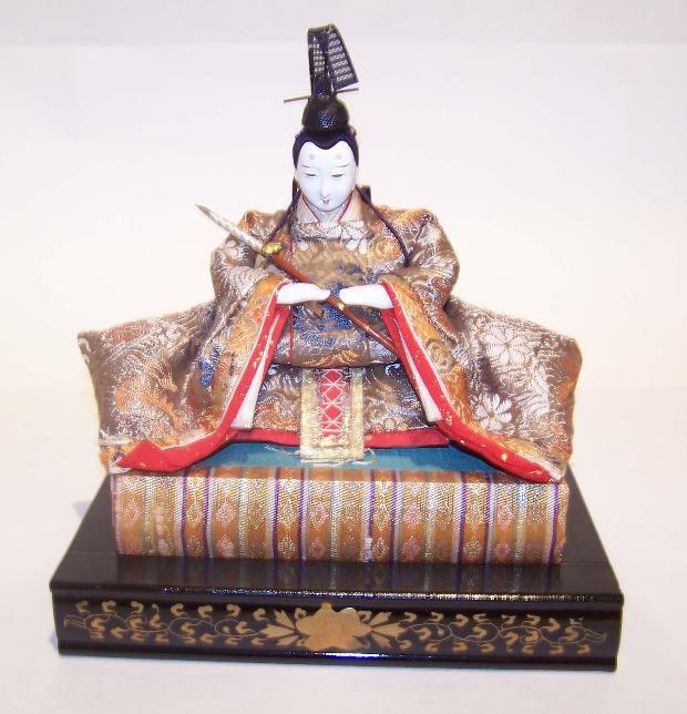 hina japanese doll