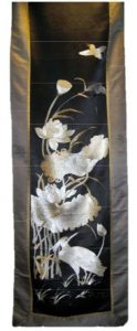 Silk-Hanging Japan-black-and-white