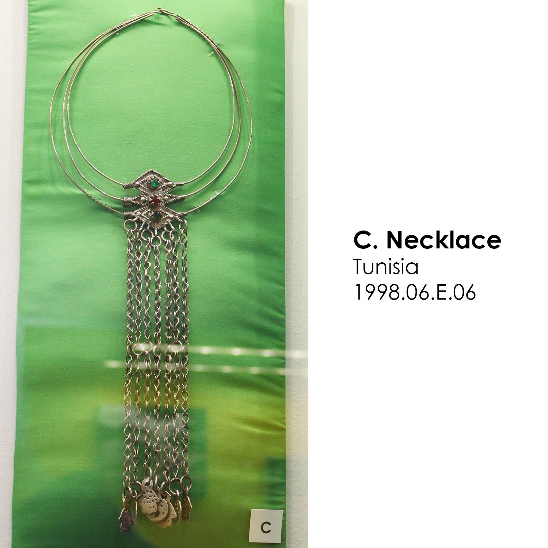 Tunisian necklace