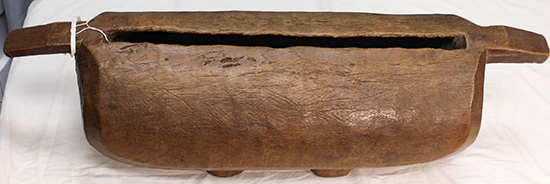 Papua New Guinea slit drum