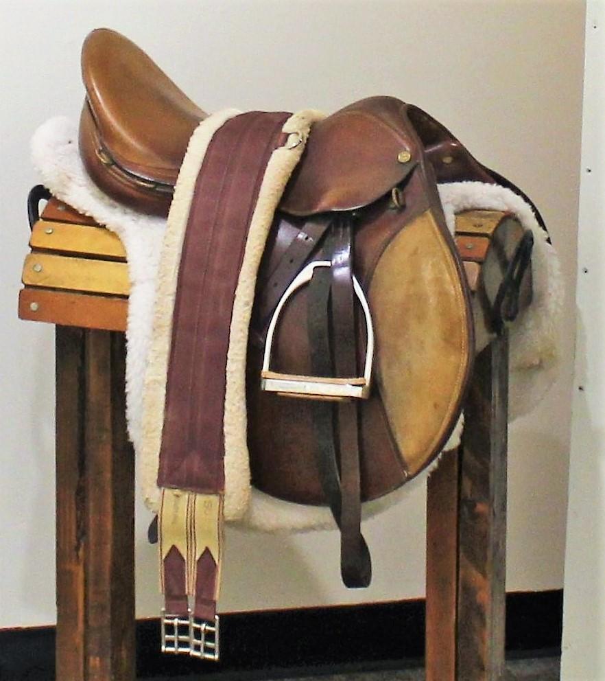 English style saddle