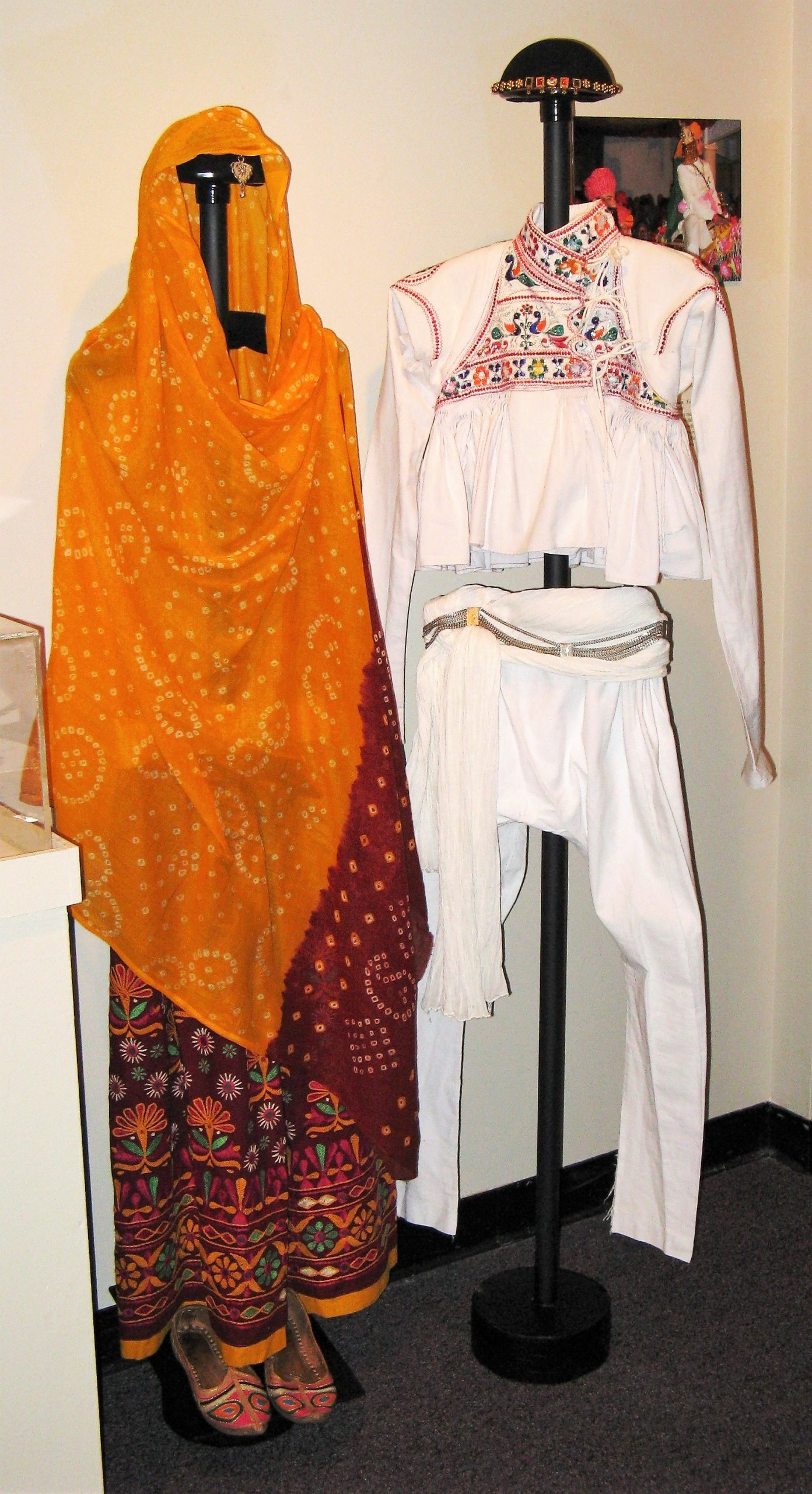 Rajasthani wedding outfits