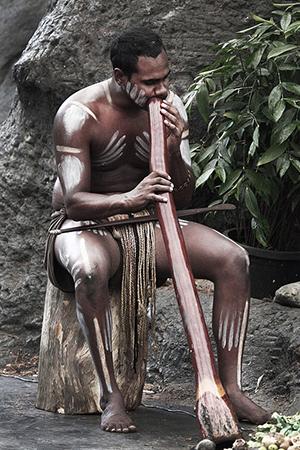 Playing Digeridoo