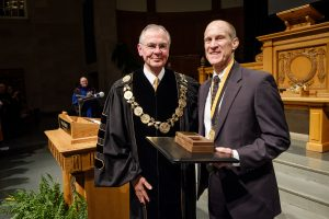 Photo of President Nathan O. Hatch and Mike Ford