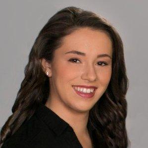 Shelby Taylor headshot