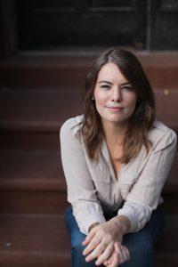 Amy Shackelford head shot photo