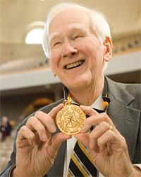 Chaplain Emeritus Ed Christman ('50, JD '53) was awarded the Medallion of Merit in 2007.