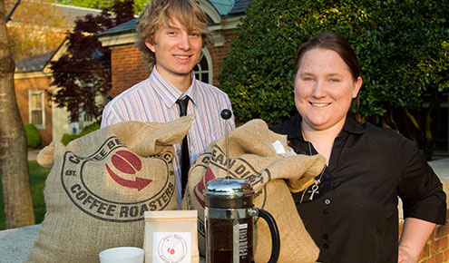 Juniors JT Peifer and Kari Heuer are building a specialty coffee business, one bag at a time.