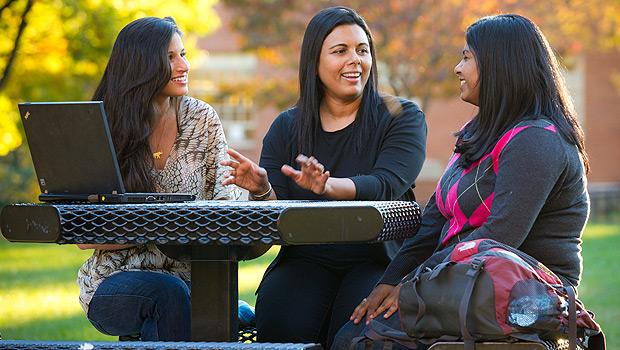Sandya Hewamanne with her students